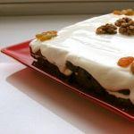 Торт из изюма и орехов