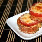 Гренки с помидорами и сыром