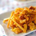 Жареный картофель с тунцом и омлетом