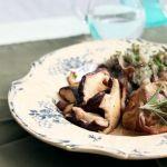 Седло кролика с грибами и пюре из топинамбура