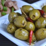 Маринованные оливки