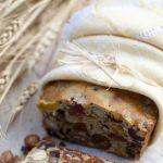 Хлеб с сухофруктами и орехами